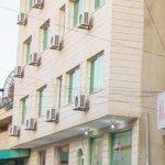 Al Anbat III Hotel entrance