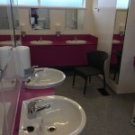 Beautiful site, immaculately clean. Cleanest toilets and showers we have experienced. A lovely w