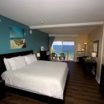 Oceanfront King Standard Room