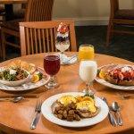 Breakfast anyone?  Mmm, Raspberri's!