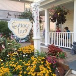 Cottage Inn of Mackinac Island Picture