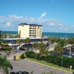 Photo de BEST WESTERN Cocoa Beach Hotel & Suites