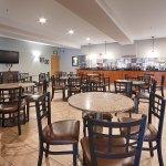 Foto de BEST WESTERN PLUS Peppertree Airport Inn