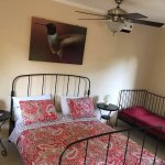 Triple Room queen & twin bed