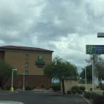 Photo de La Quinta Inn & Suites Phoenix I-10 West