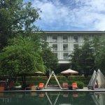 Photo de Lone Pine Hotel