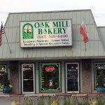 Front & entrance to Oak Mill Bakery