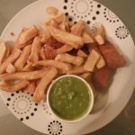 vegan chicken nuggets with chips and mushy peas
