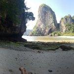 Foto de Phra Nang Beach