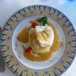 Le Clipper: dos de merlu sauce homard