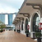 Photo de Waterfront Promenade