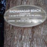 Photo de Radhanagar Beach