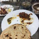 Surjit Food Plaza Foto