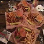 Foto de Lucy's #7 Burger Bar