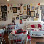 Photo de The View Cafe and Vintage Music