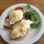 Eggs Benedict that beats some of the best places in London !!