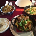 Poulet au curry et riz blanc