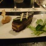 Entrée boudin noir de bigorre, foie gras, pomme.