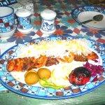 Hammam-e-Khan Restaurant Kebab di pollo e manzo