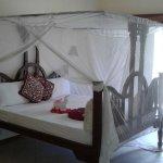 Uroa Bay Beach Resort Photo