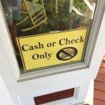 Unique au monde 😉 Je ne fournirais pas de déjeuner payé par chèque !