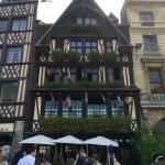 Foto di Place du Vieux-Marche
