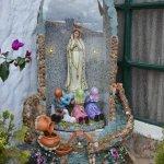 Estatua a la Santísima Virgen María.