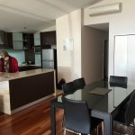 Very well equipped apartment, just like home. It has everything you need in the kitchen, a full