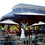 Indoor and Outdoor seating, large bar