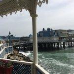 restaurante sobre el mar
