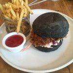 Pulled pork charcoal burger