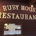 Ruby House Restaurant Foto