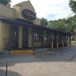 La Madeleine French Cafe - Uptown - corner St Charles/Carrollton