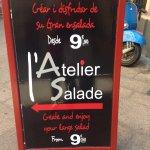 Enseigne et salade