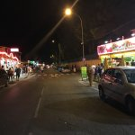 La rue attenante au motel
