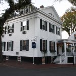Foto de The Roberts Collection - Manor House Inn