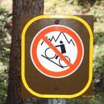 Moraine Lake sign