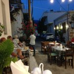 Pantelis Taverna just afte sunset, not too busy yet.