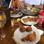 Photo de Hyman's Seafood