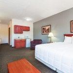 Baymont Inn & Suites Fairborn Wright Patterson AFB Foto