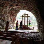 Camino de la Cueva. Al fondo la Basílica