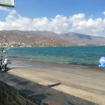 Photo de Elounda Sunrise Apartments