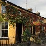 Photo de Dunraven Arms Hotel