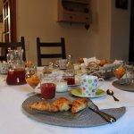 petits déjeuners inclus, copieux, confitures maison