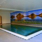 Schwimmbad mit Sauna und Infrarotkabine