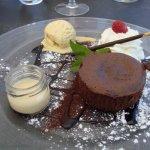 fondant chocolat et sa boule glace vanille