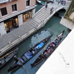 Passing gondoliers, not singing!