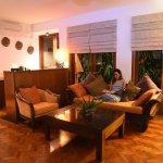 Honeymoon Suite villa - livingroom