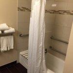 Foto de Holiday Inn Express Hotel & Suites Carpinteria