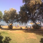 Photo de Hotel Kato Stalos Beach